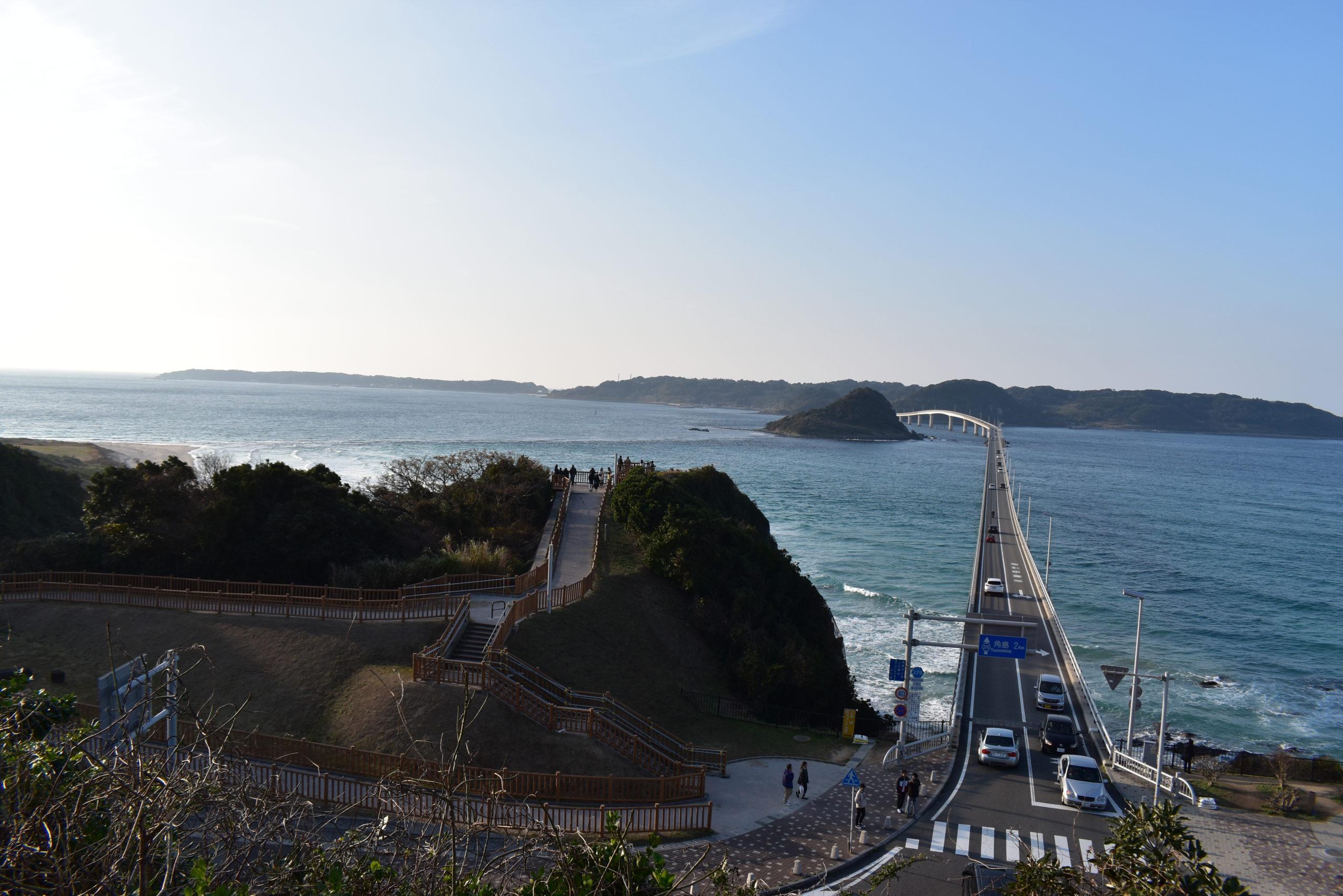 海の真ん中を突き抜ける一本の橋!山口県の角島大橋への行き方