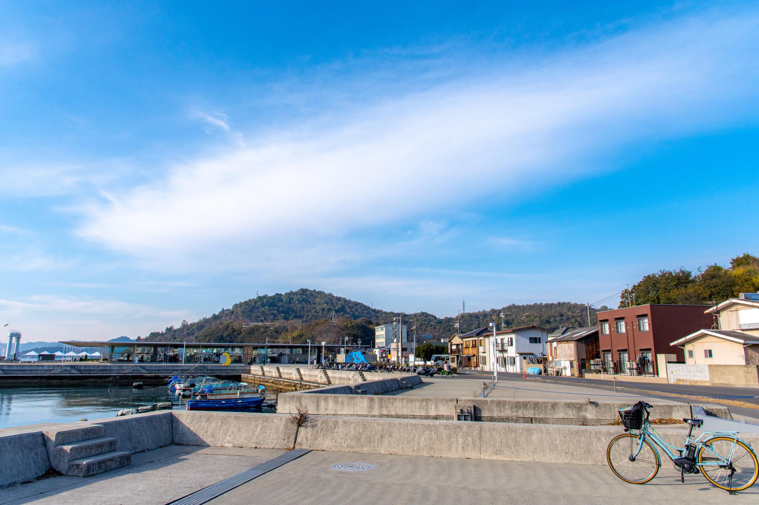 豊かな自然と摩訶不思議なアートが沢山ある島!香川県の直島への行き方!